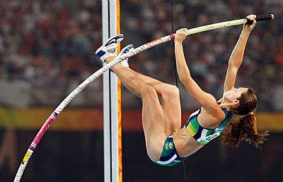 Fabiana Murer durante salto com vara. (Washington Alves/COB)